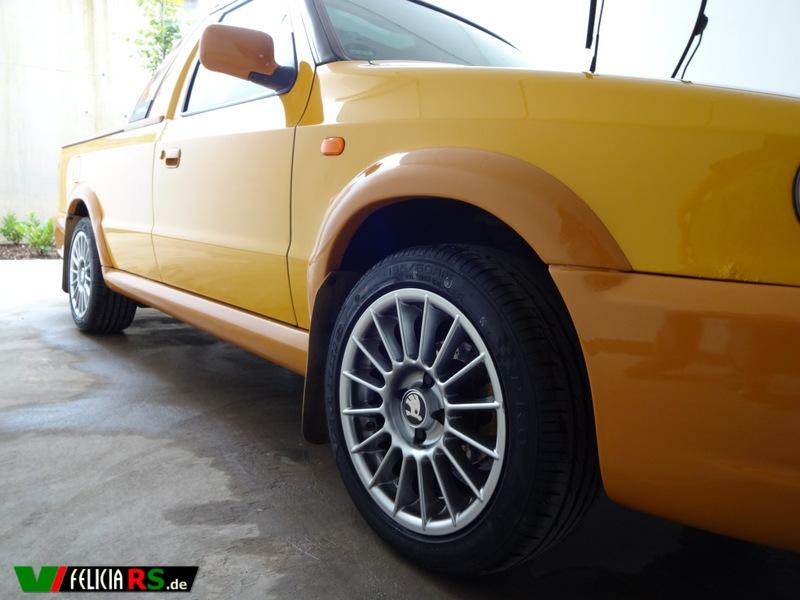 Die neuen Reifen Maxxis Pro R1 195/50 R15 86V