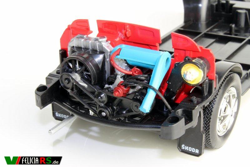 Škoda 110R 1:18 Abrex Motor